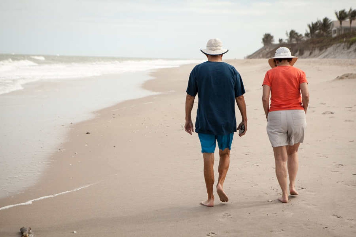 7 Safety Tips for Seniors this Summer