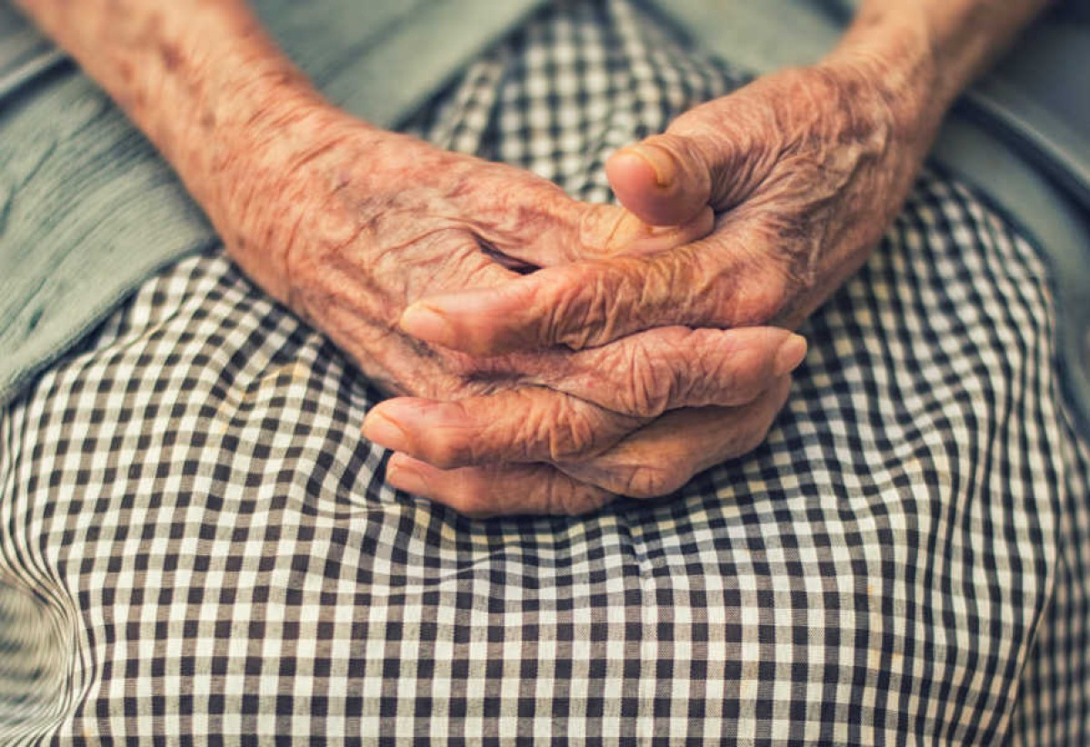 How to Help Seniors Manage Psoriasis Arthritis