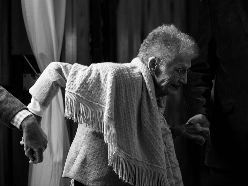 How to Prevent Elderly Falls