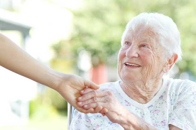 How Senior Elder Care Services Can Help Combat Loneliness