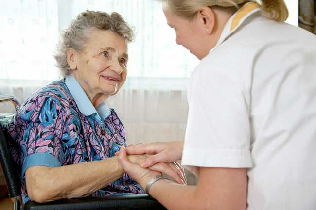 Home-Care vs Nursing Home: What Is the Best Fit for Your Family?